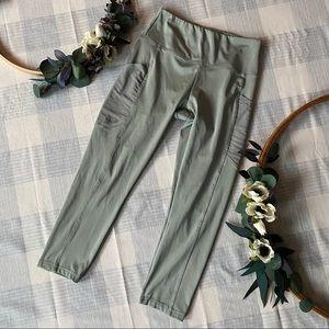 S marika light sage green pocket leggings crop